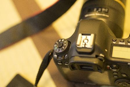 一眼レフカメラ1.jpg